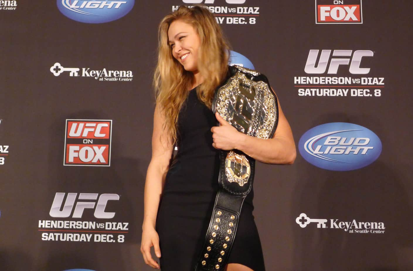 MMA UFC Rousey 20121206